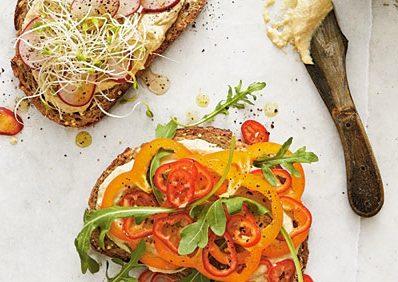 Hummus-Veggie-Sandwiches