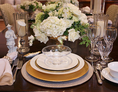 You could use a silver charger plate at one setting and the ... & Gold and Silver Place Settings | Tips From Town
