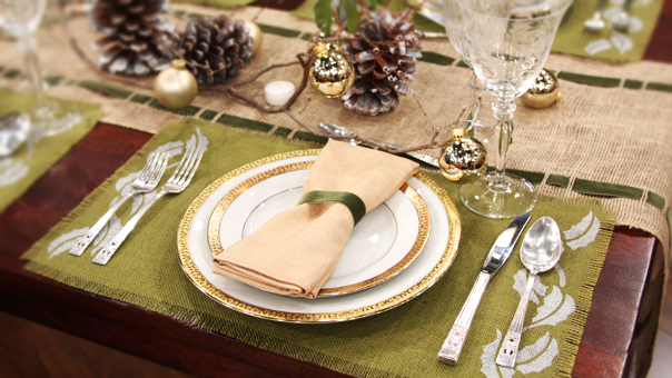 Rustic Natural Thanksgiving Table | Tips From Town