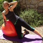 move of the week, exercise, abdominals, oblique abs, exercise ball, stability, tips from town