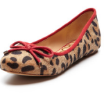 Kelsi Dagger Flats on sale, more than 40% off