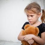 child, scared, teddy bear
