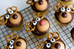 Christmas Baking.Kids Christmas Baking Ideas Tips From Town
