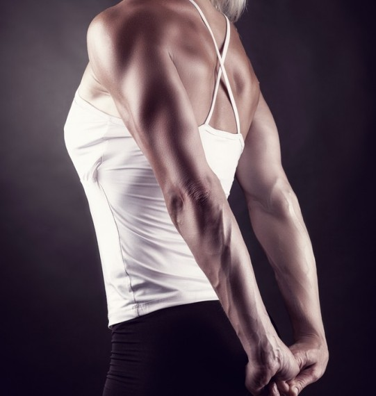 move of the week, exercise, triceps, arms, back of arms, tricep press, bodyweight, tips from town
