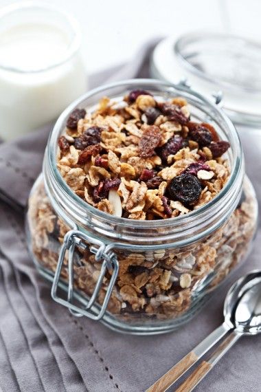 Health, food, breakfast, quick and easy, nutrition, granola, ina garden, snack, tips from town