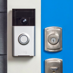 RING: A Doorbell You Answer from Your Smartphone