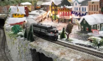 Mahwah Train Display