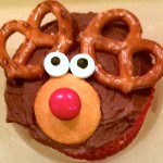 Easy Reindeer Cupcakes for the Last-Minute Mom
