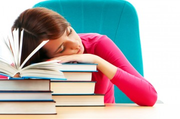 teens need more sleep Rabbi barr comments on a study that confirms teens need more sleep.
