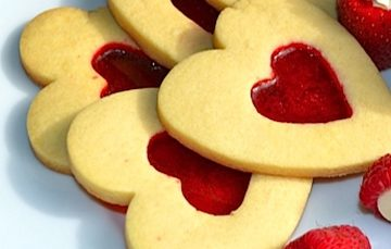 stained-glass-cookies-berries1